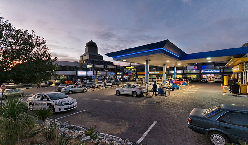 Sunninghill Square Shopping Centre | Outside View